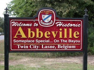 Welcome to Historic Abbeville sign